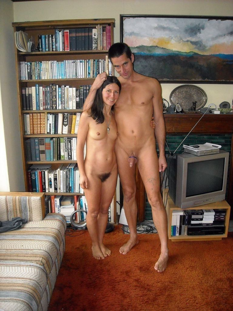 naked young women at home