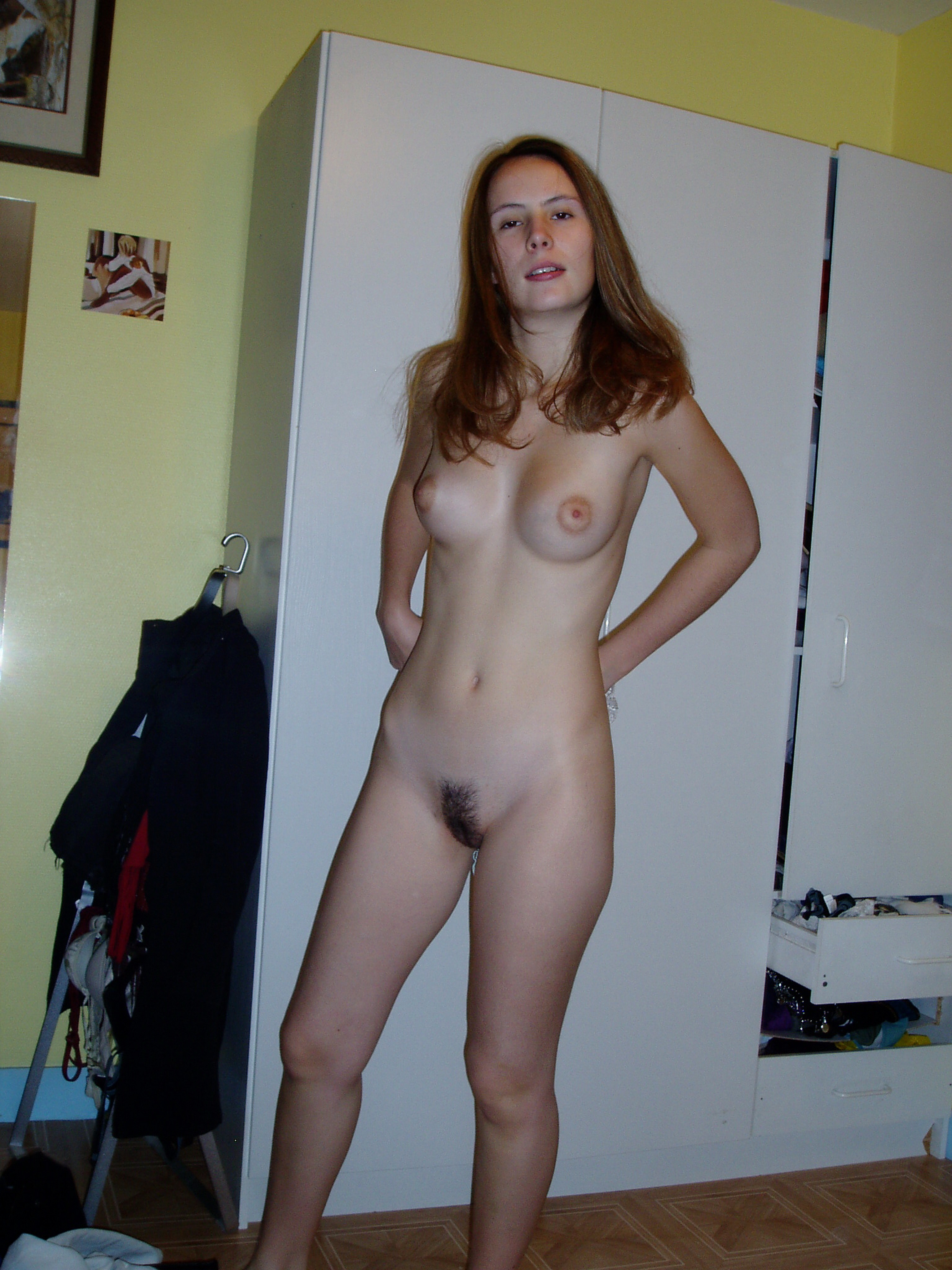 Naked Women Getting Fucked By Big Dick