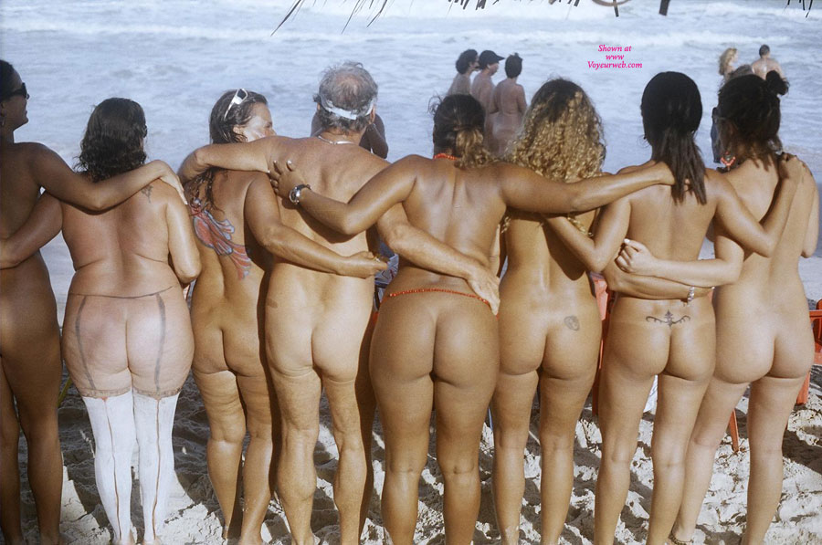 nude virtual reality girls