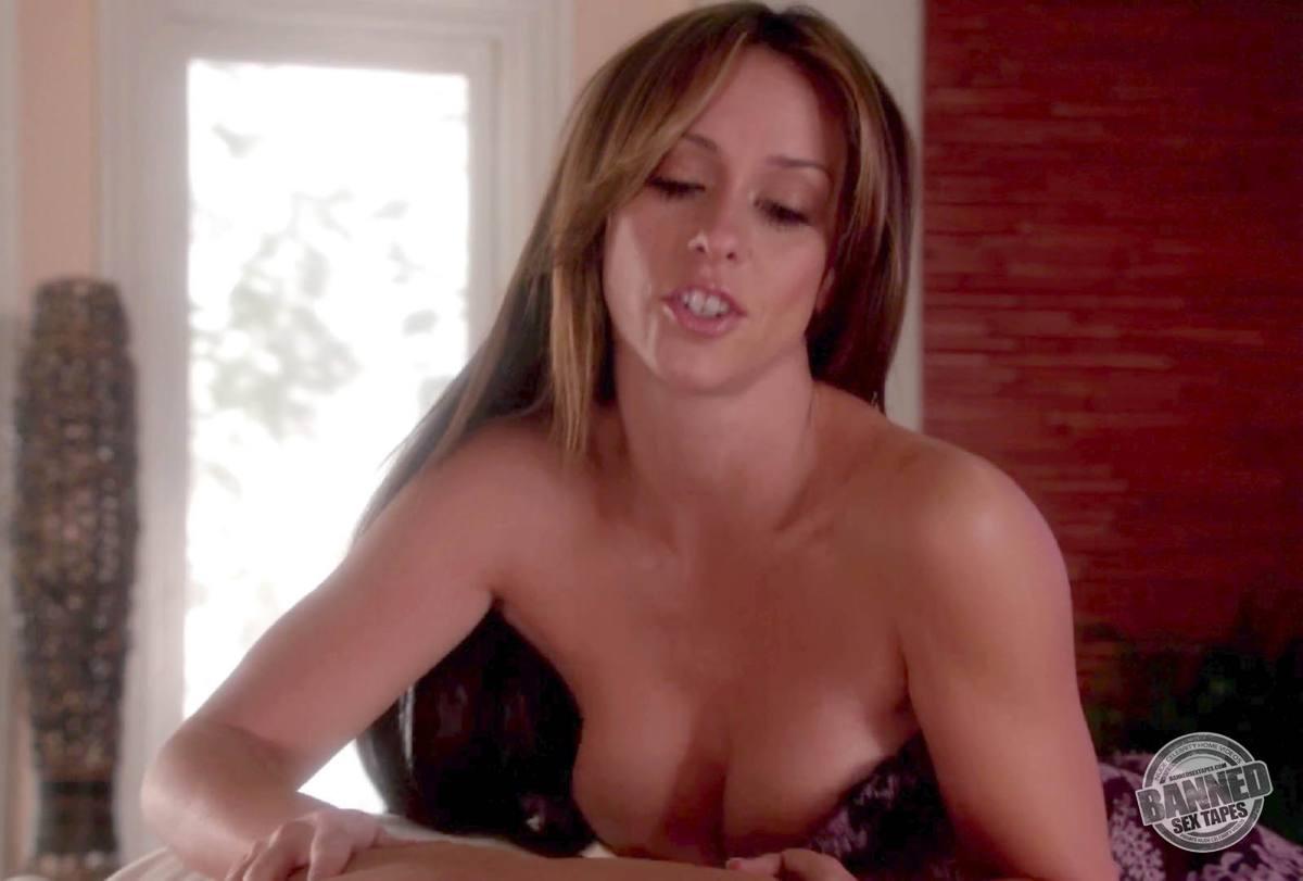Sex jennifer tape hewitt love Jennifer Love