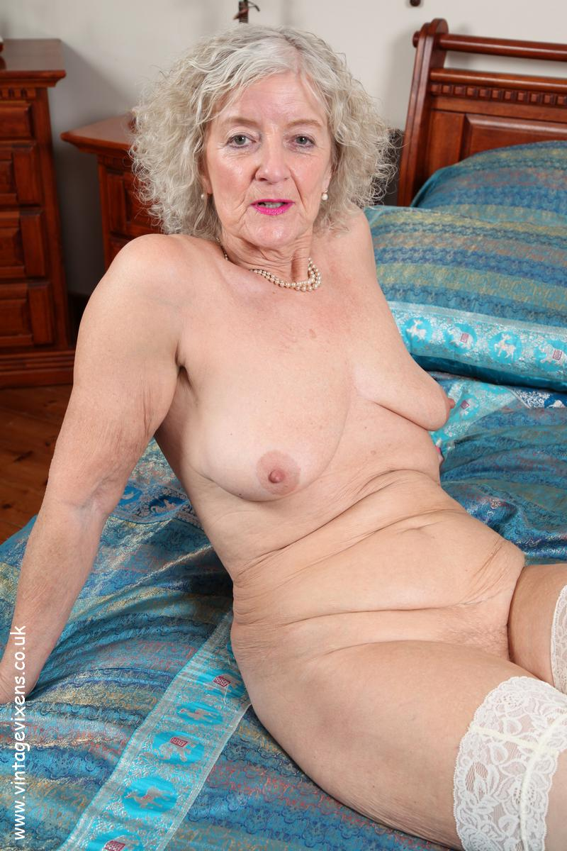 Slender lady gets pussy fucked austin sex 4