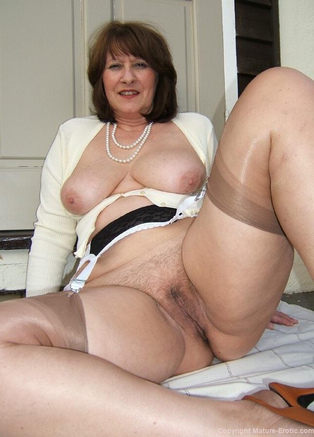 Erotic mature women upskirt nude gallery