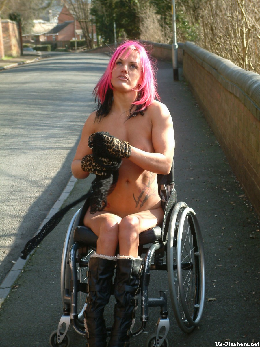 Disabilities with naked girls