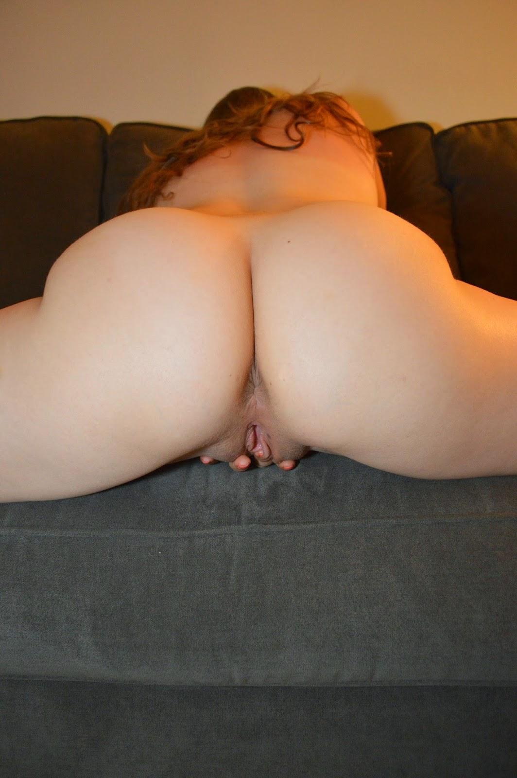 Eating Chubby Teen Pussy
