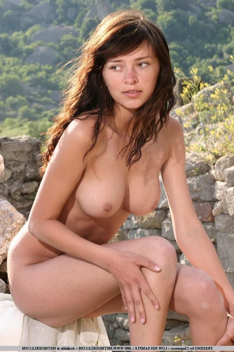 girl nude nature beauty