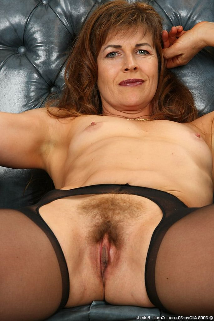 Upskirt swing pics