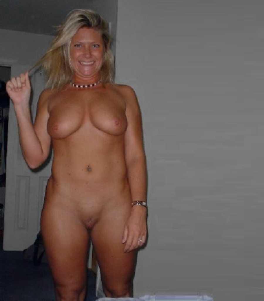 Sophie monk boob