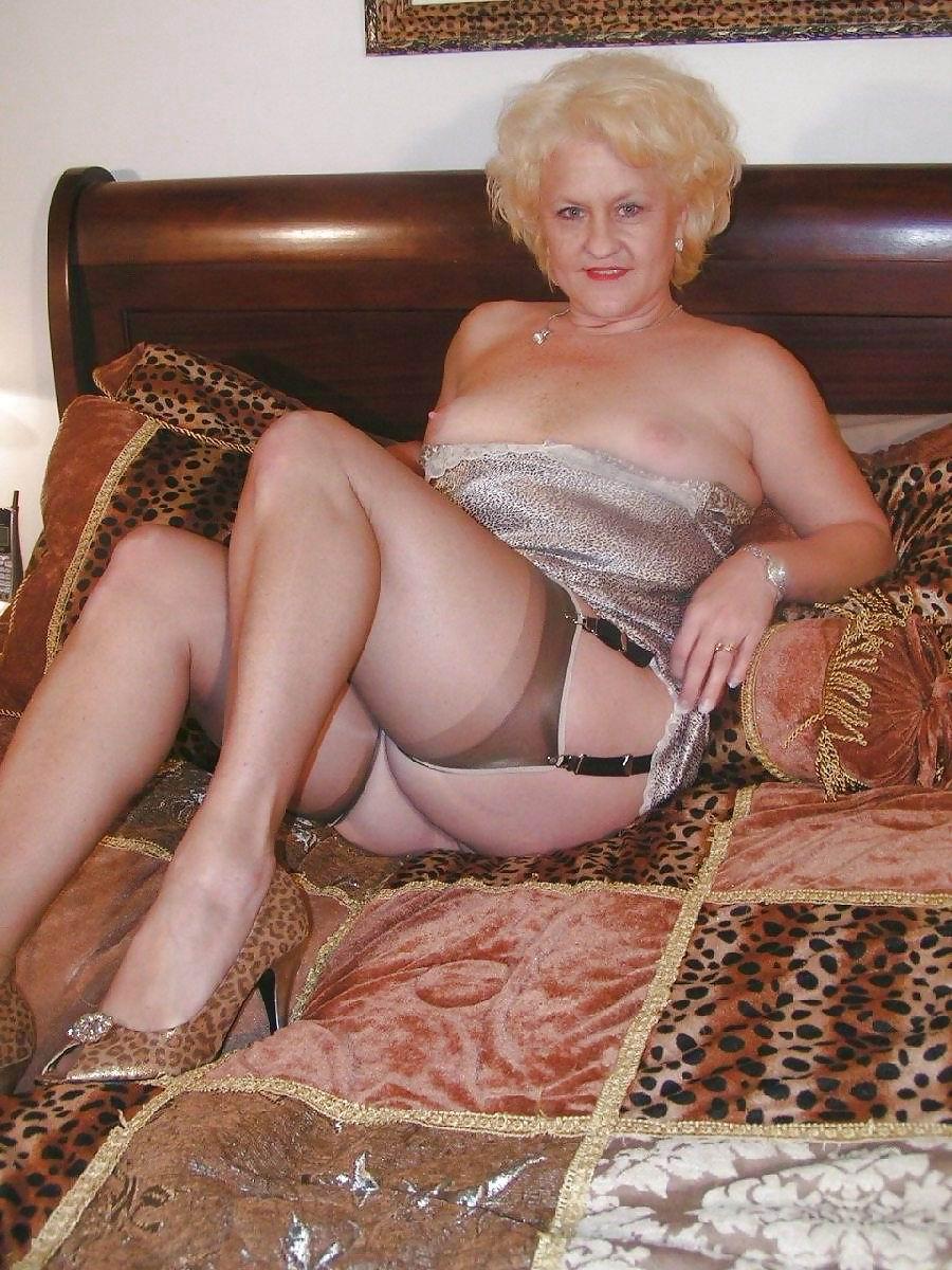 imagefap.com old nude granny over 60