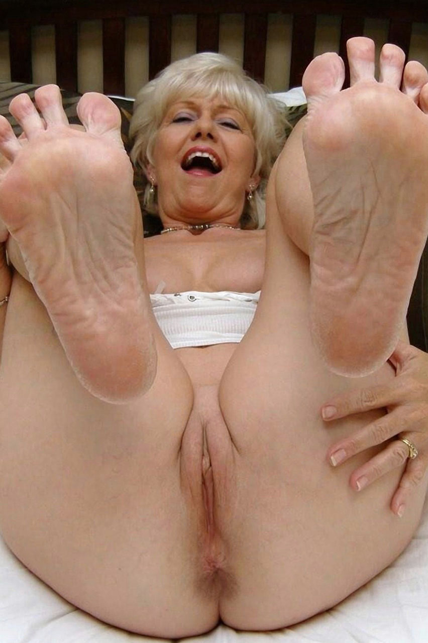 Boys fucking older women galleries