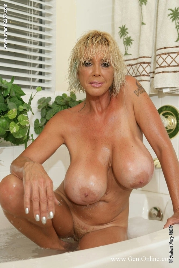 mature breast porn Free Porn at Melons Tube.