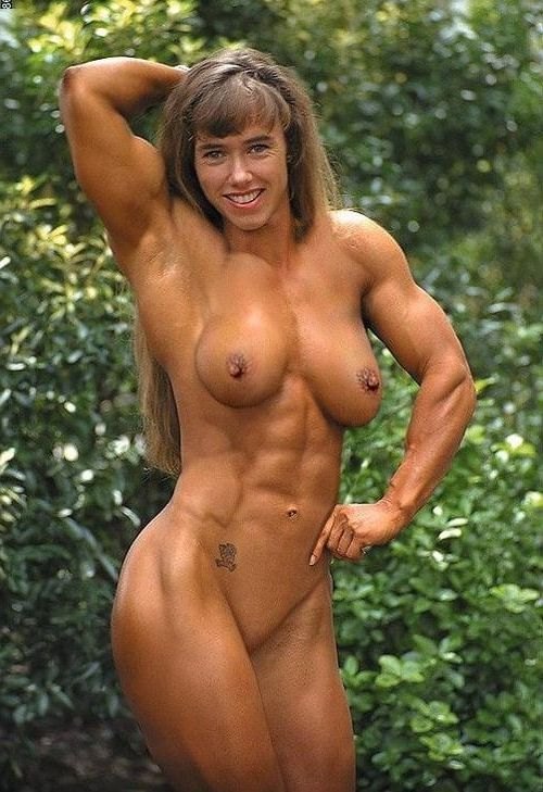 nude Muscular female