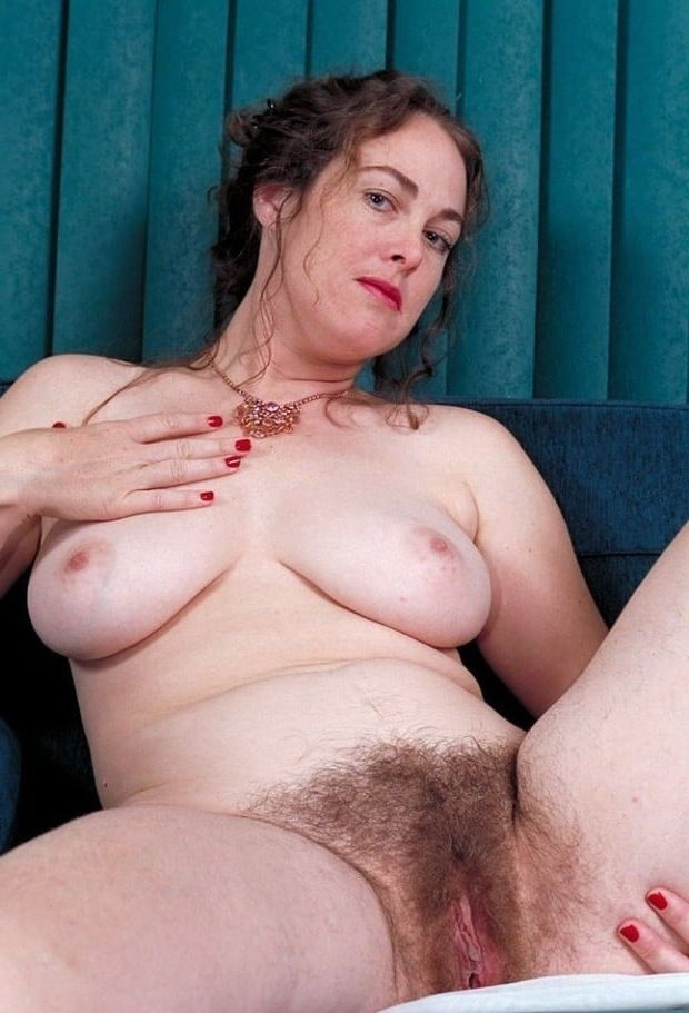 Brilliant big natural tits mature women