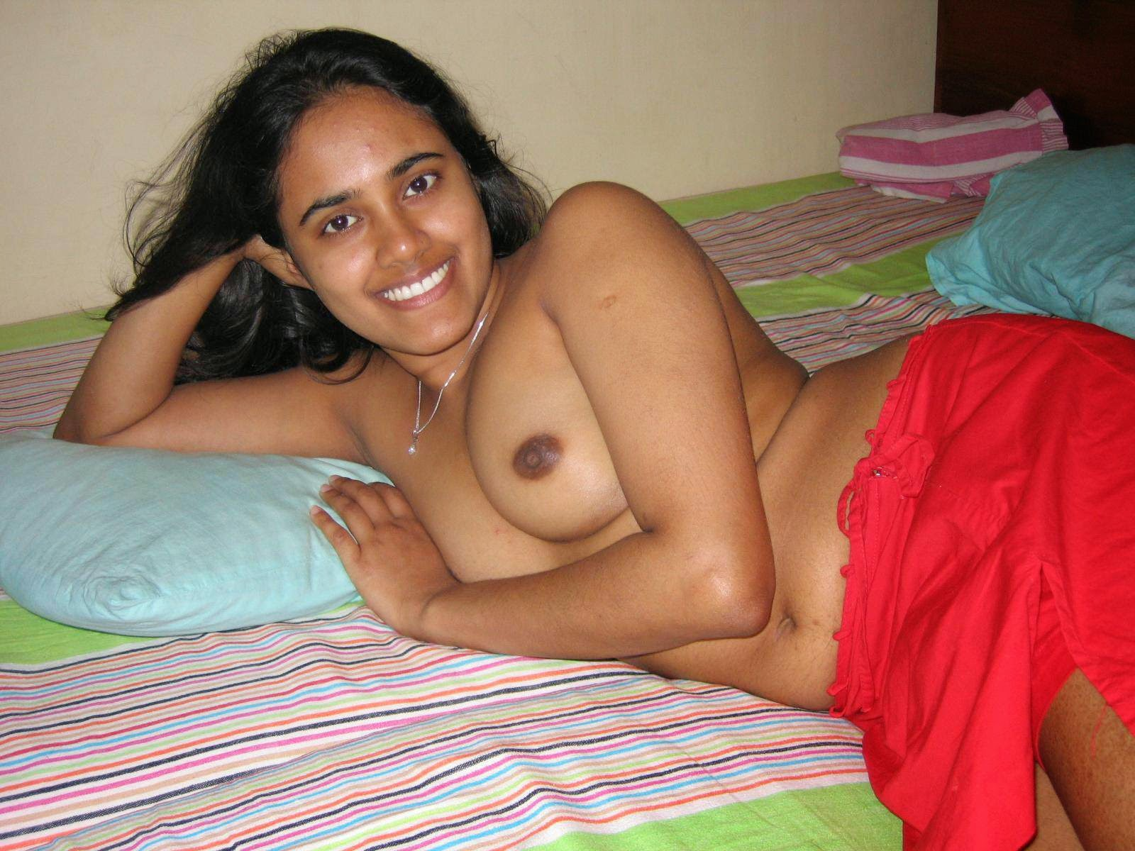 small girl nude sri