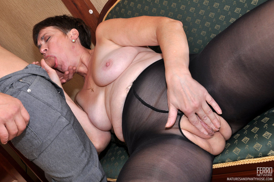 S Pantyhose Before
