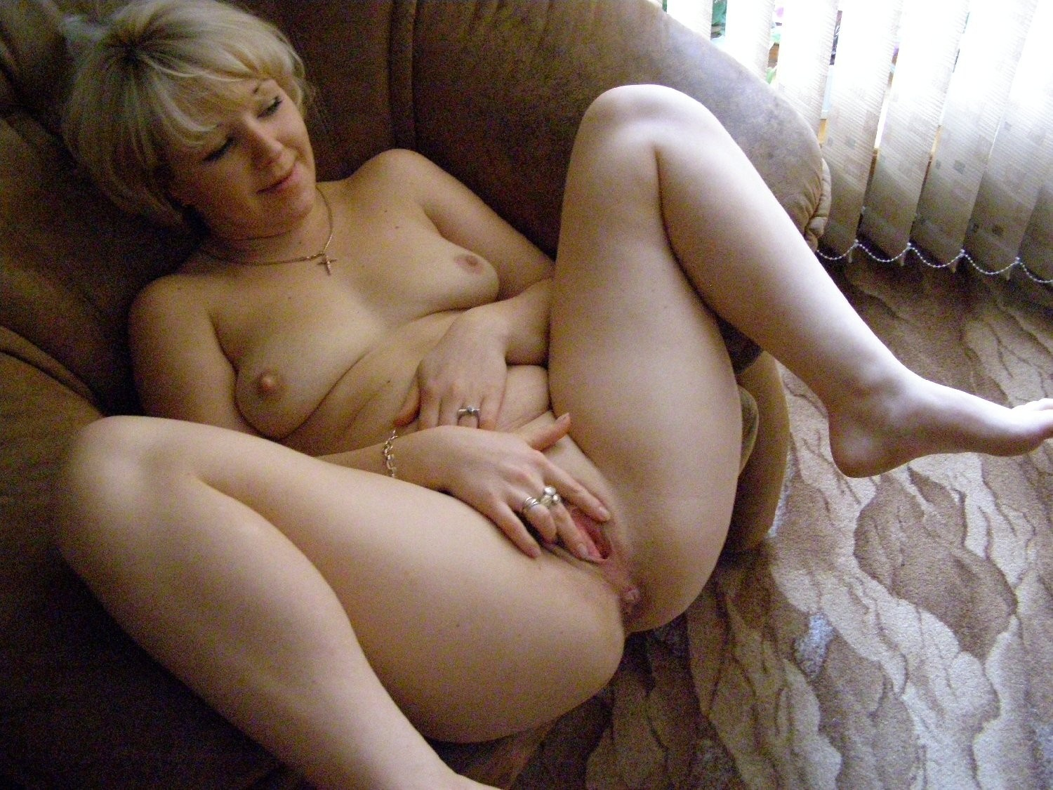 Old lady nude pics | XXX Porn Library