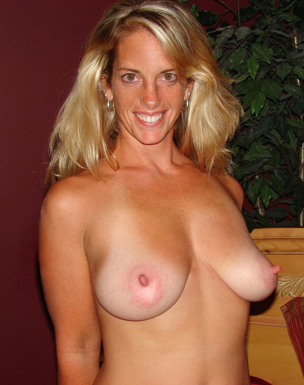 porn star deepa sahi sex with sleeping naked mum