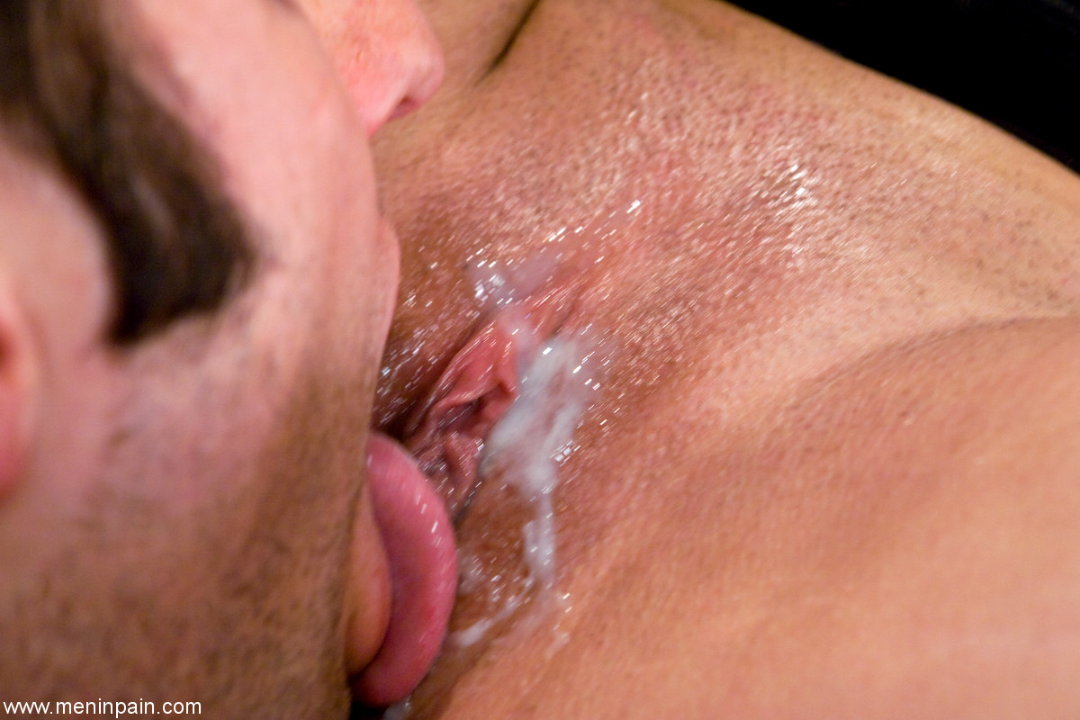Something licking own cum from pussy something