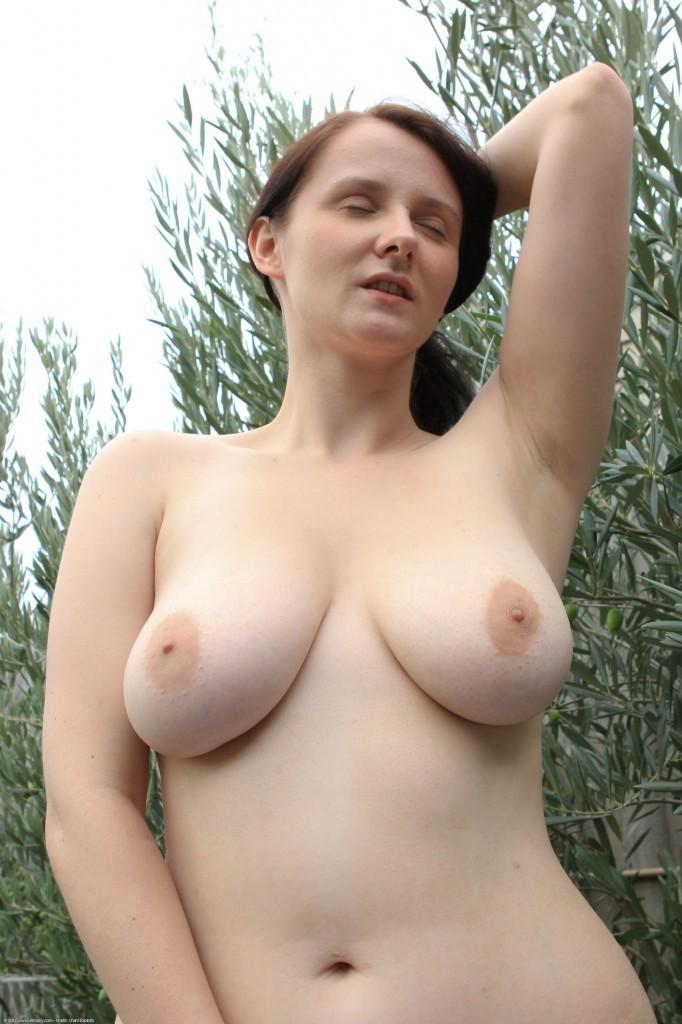 Nikki cox nude scene