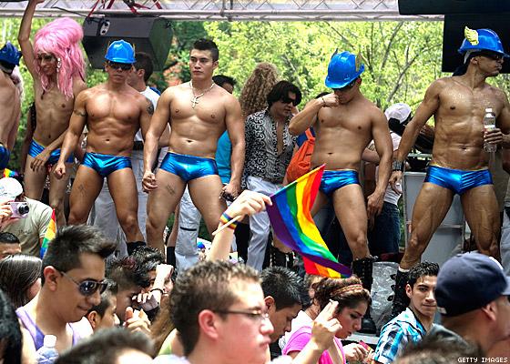 from Kaysen gay parade mexico