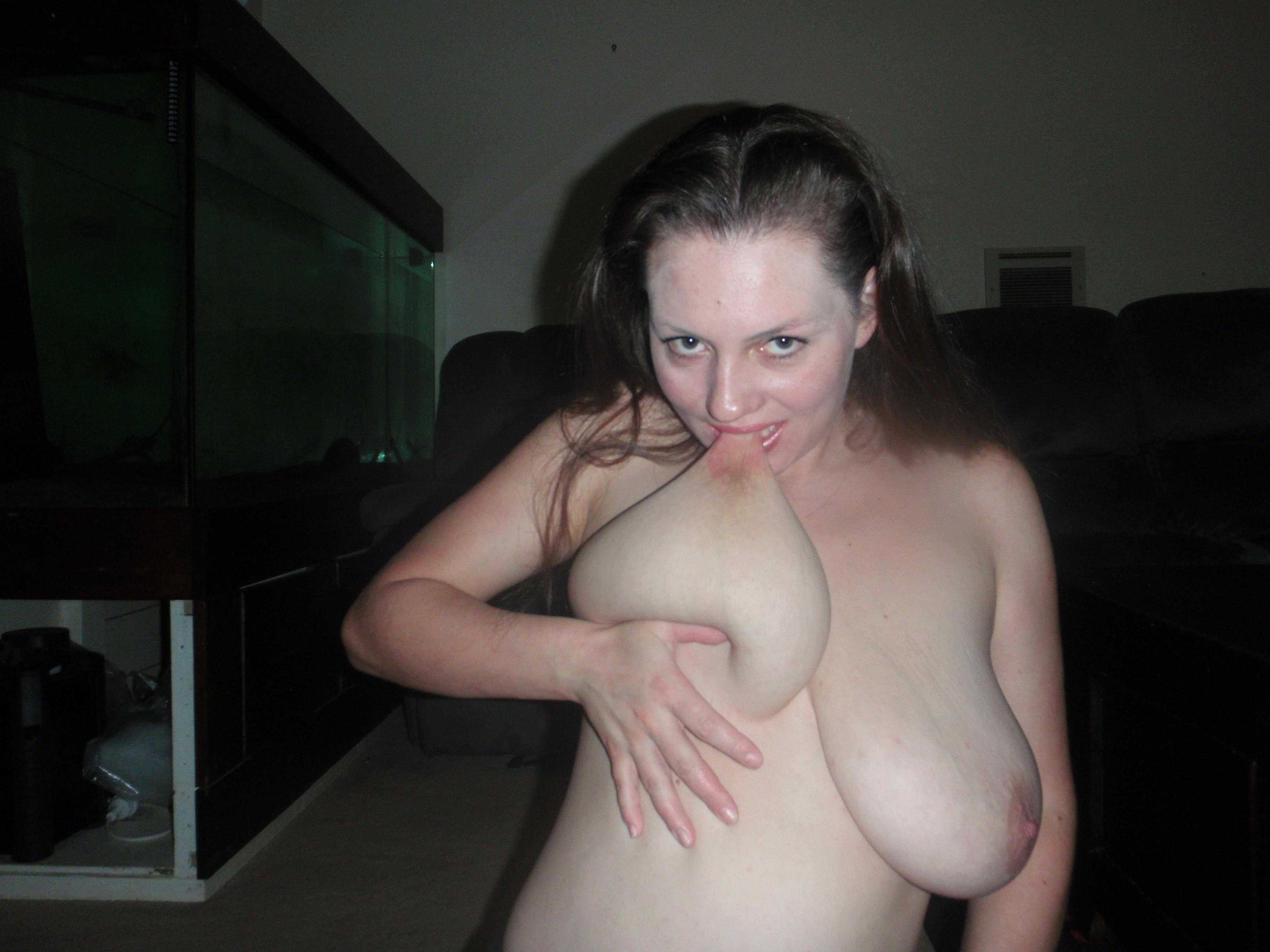 Nipple porn lick