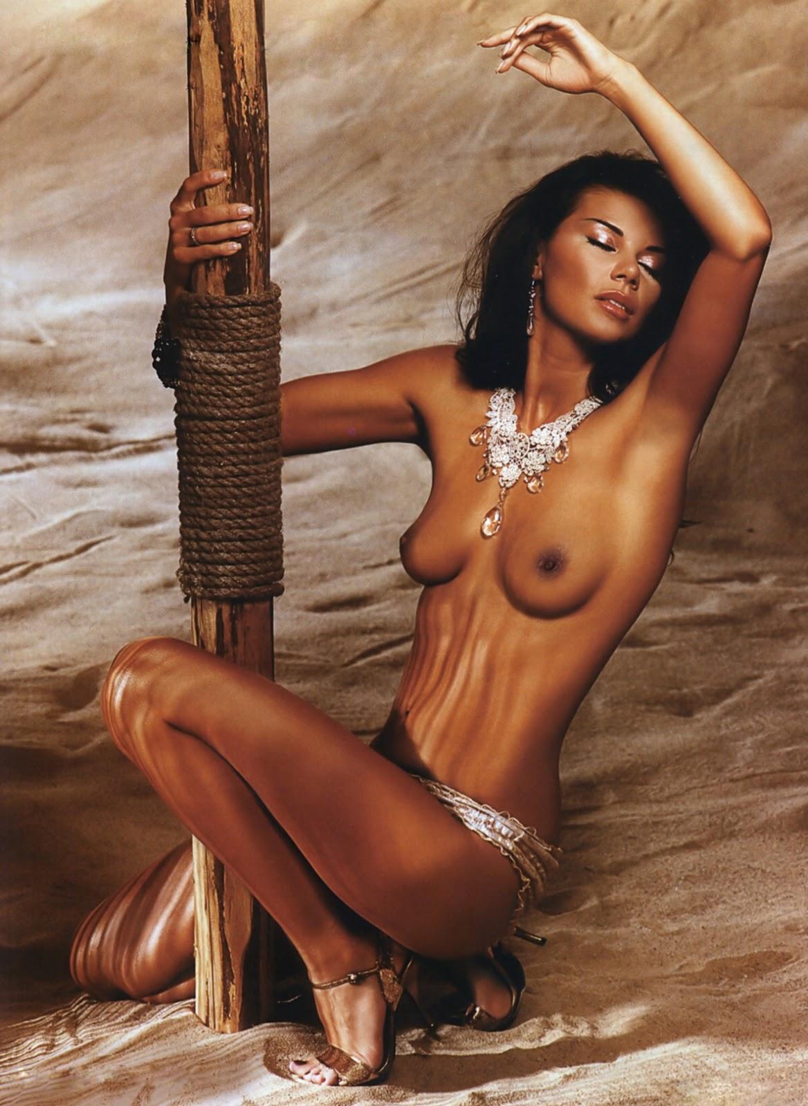 Nude naked edyta sliwinska