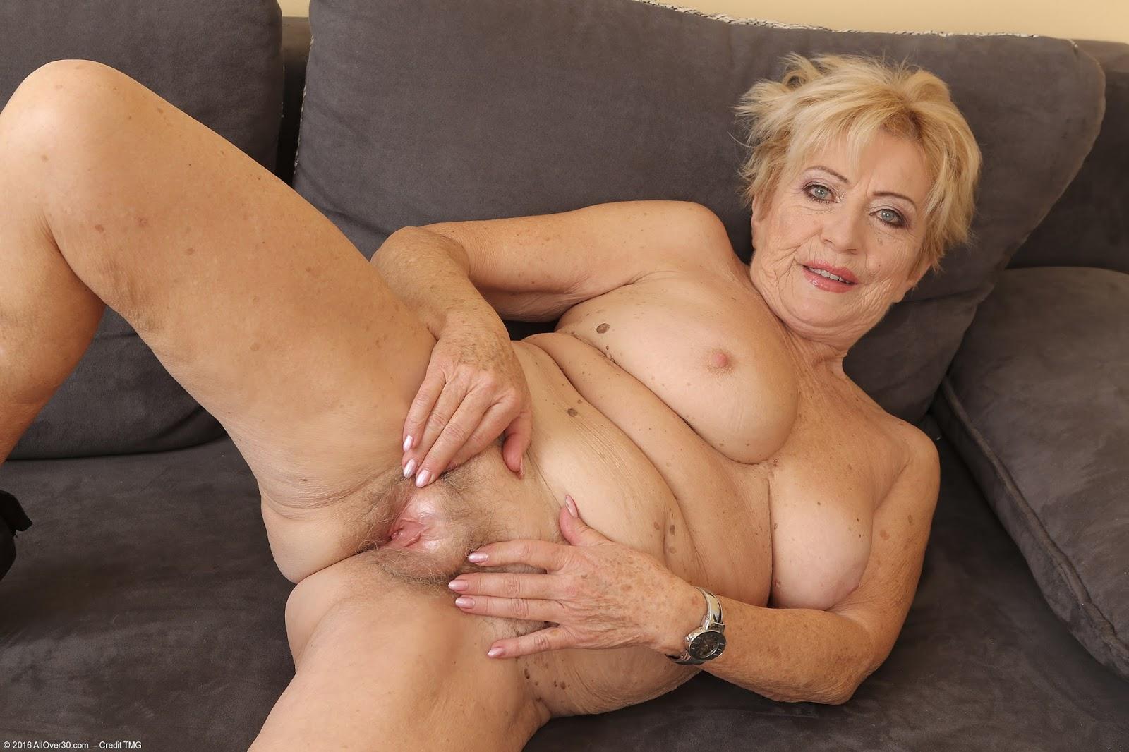 Порно видео зрелые бабушки бесплатно