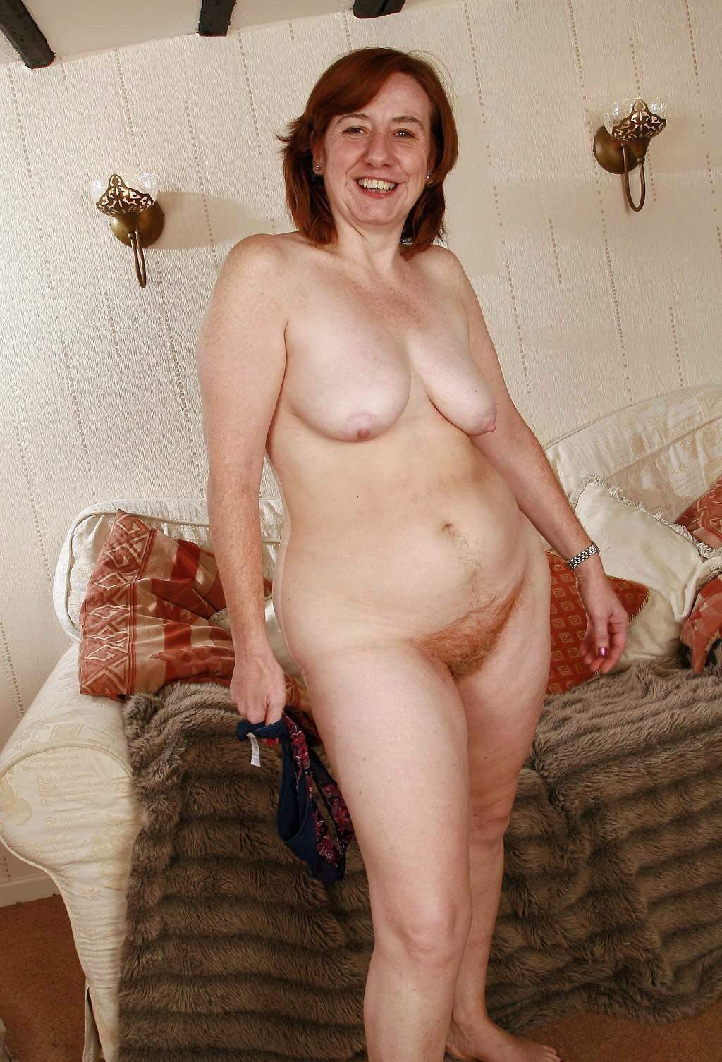 hot nude asian girl swimming