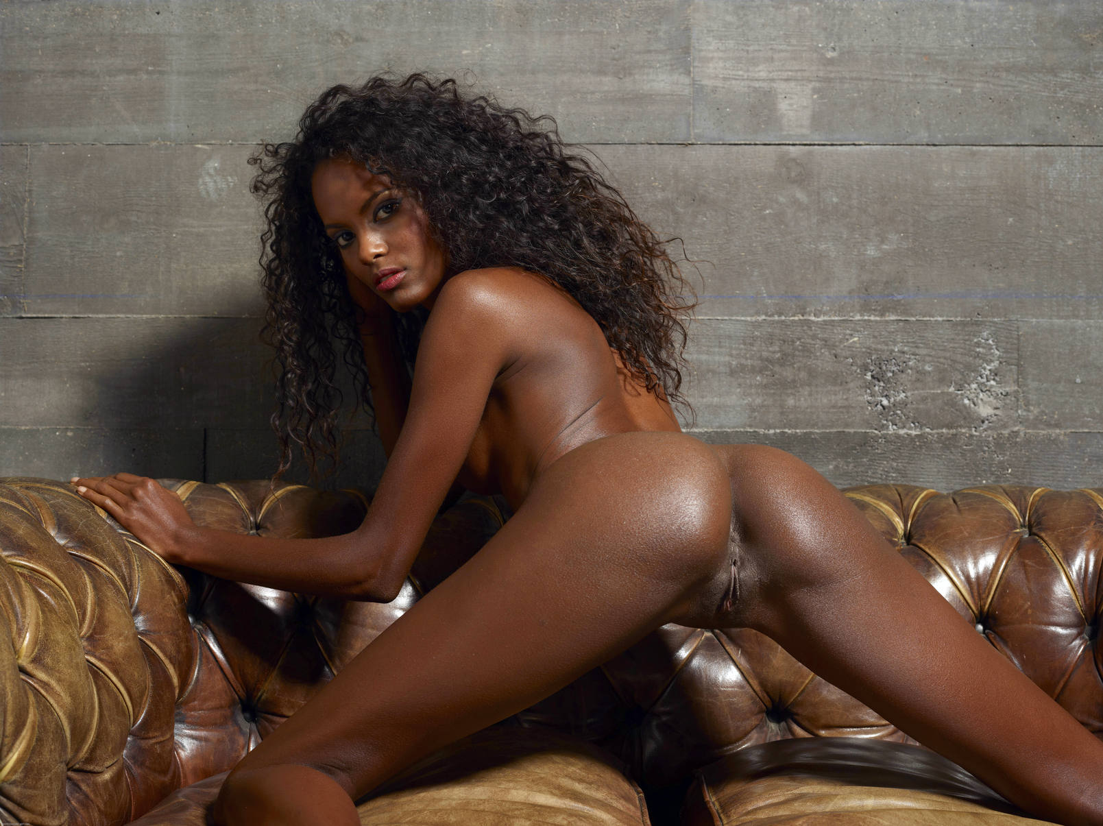 ebony nude woman