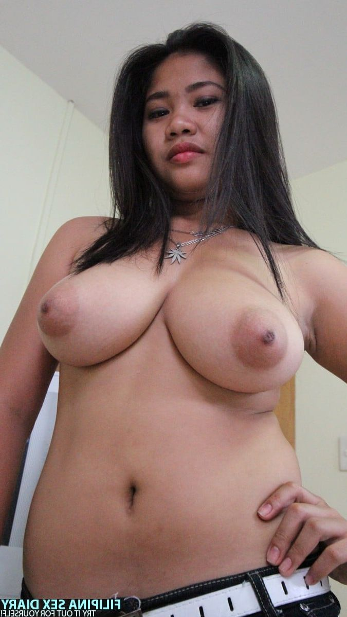 naked sexy girl giant breast