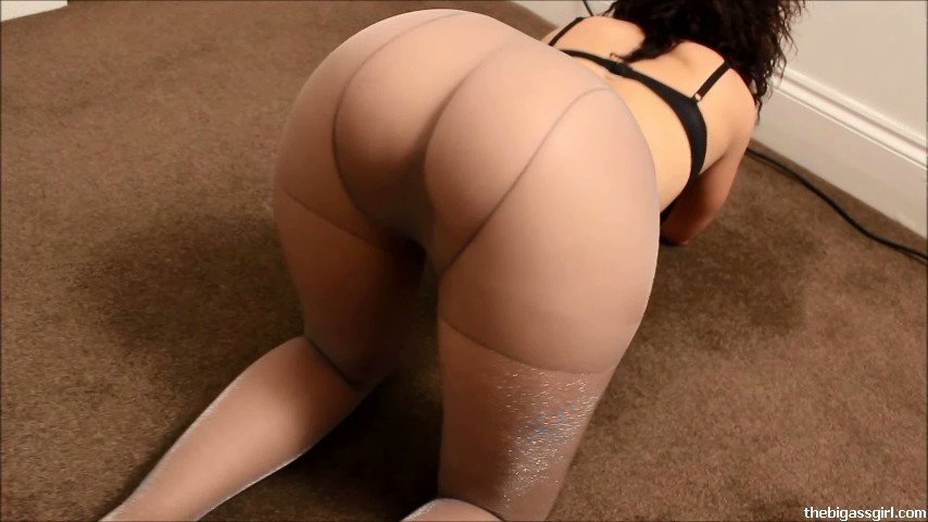 Pantyhose ass - YouTube