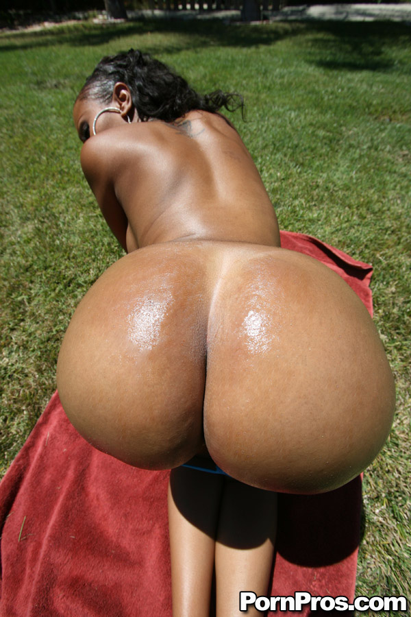 Sexy Big Tit Black Girls
