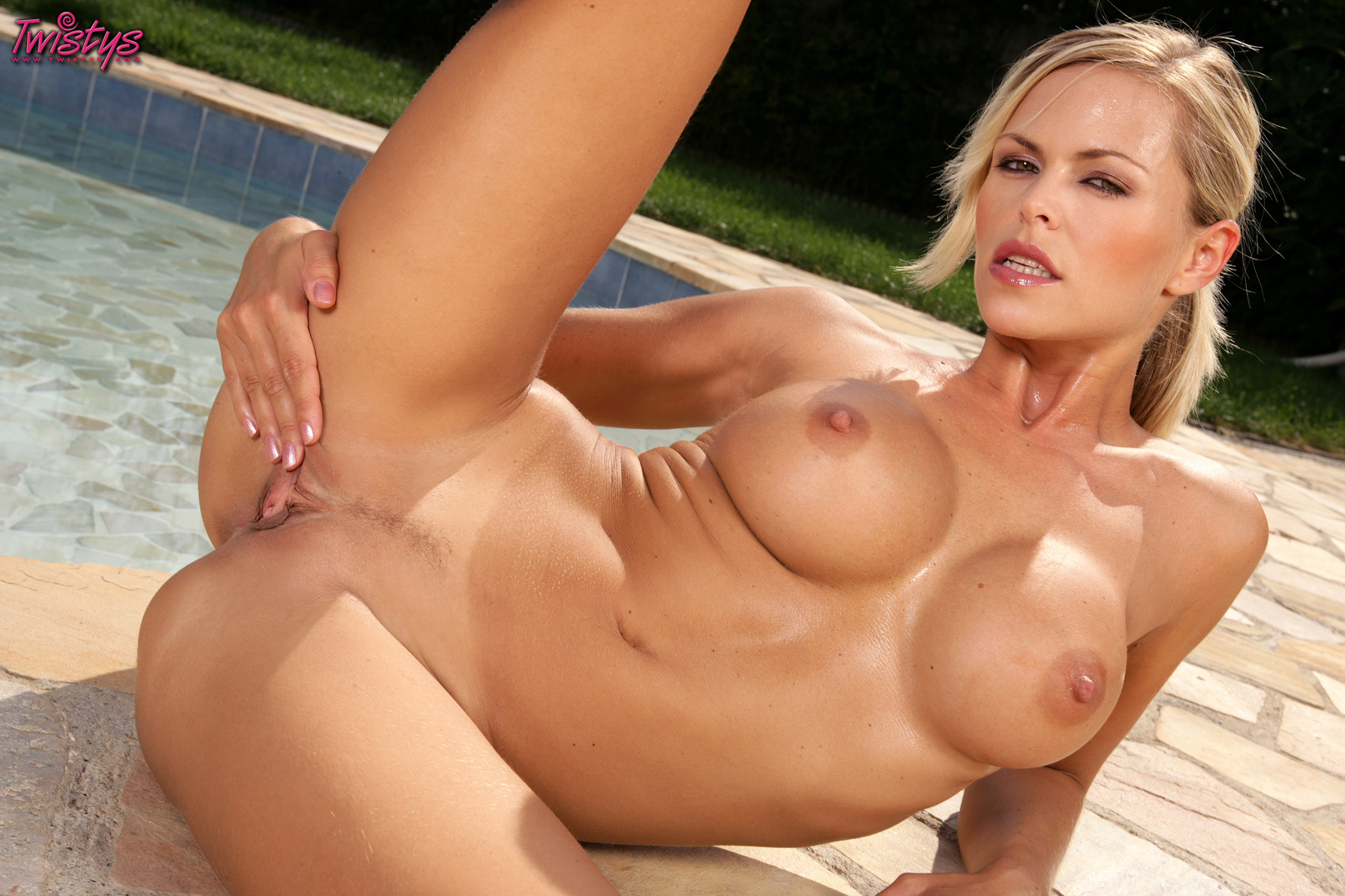 Apologise, Gitta saxx nude and have