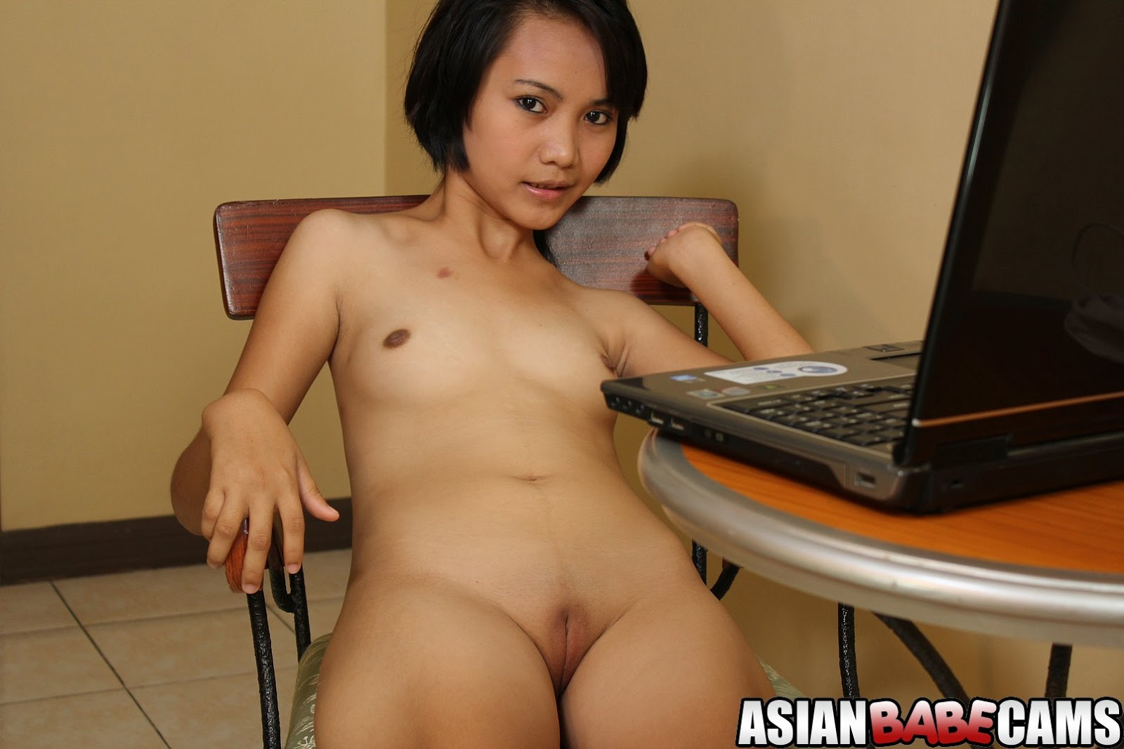 Asian girl hairy hot pissy