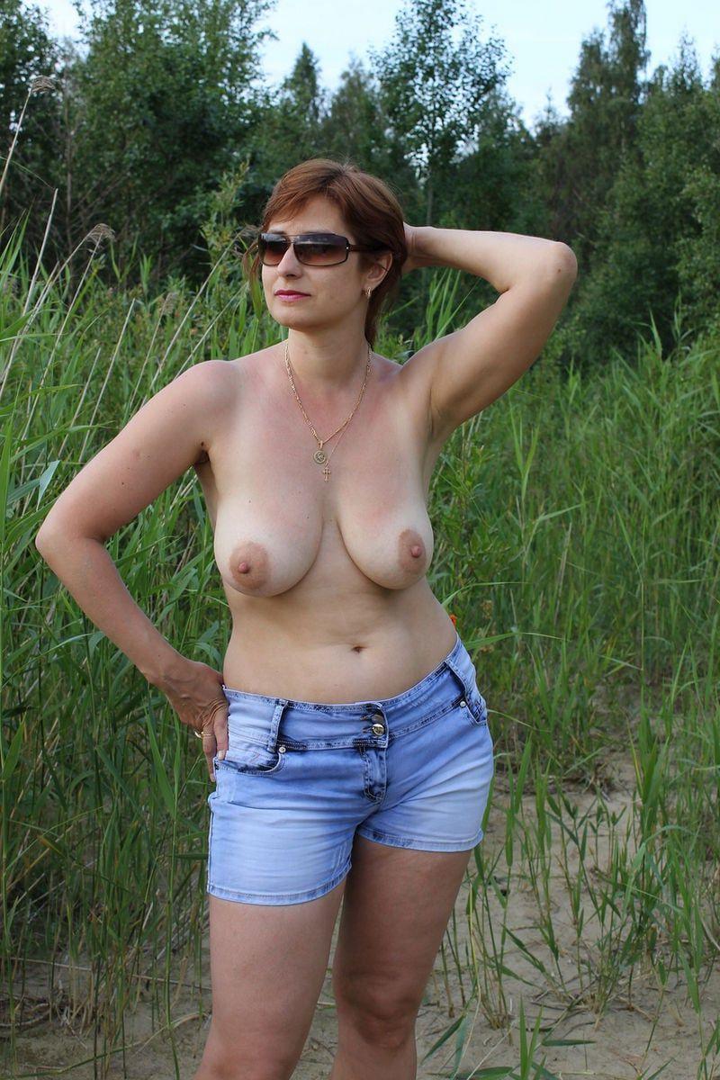 nude ebony babes twerking
