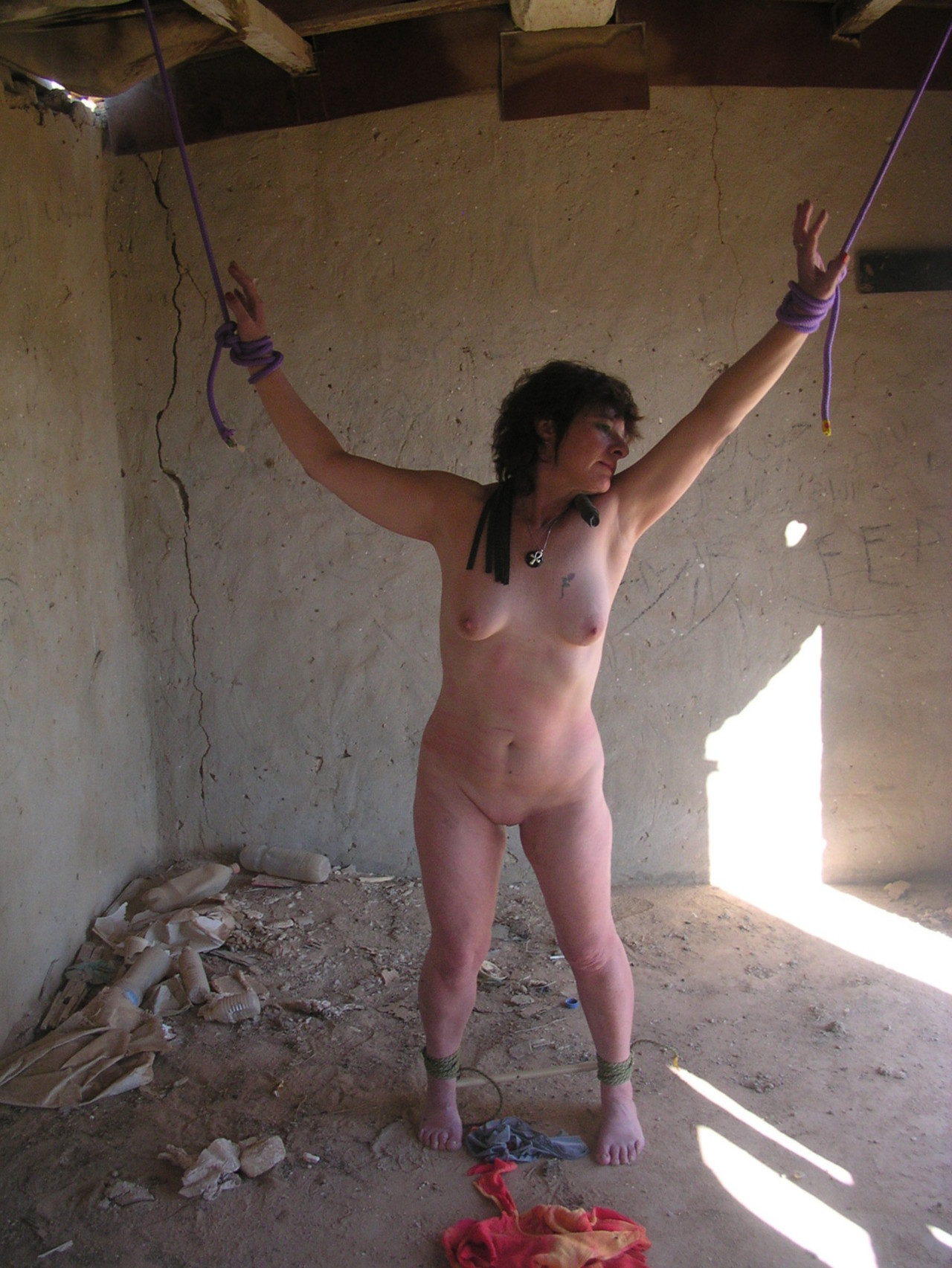 Necessary Homemade amateur bondage sex goes beyond