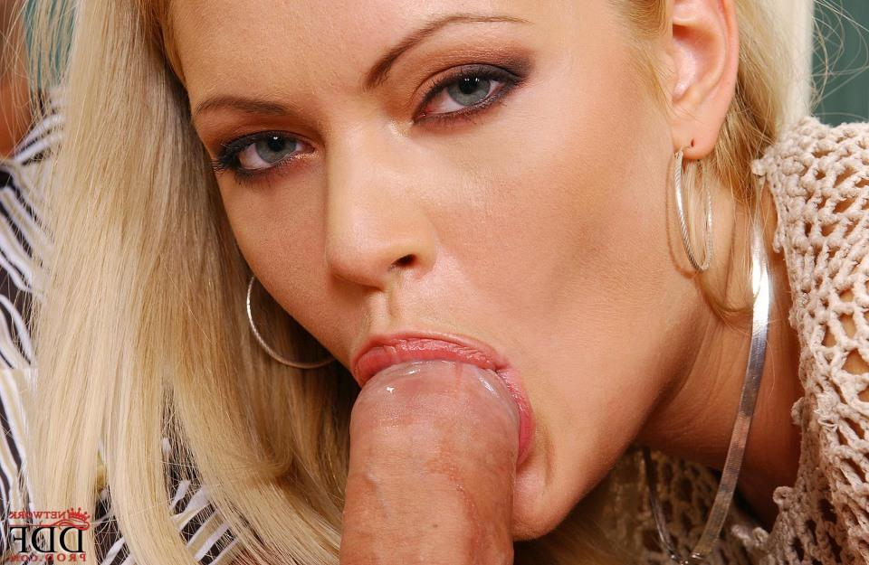 anna-nicole-smith-blow-job
