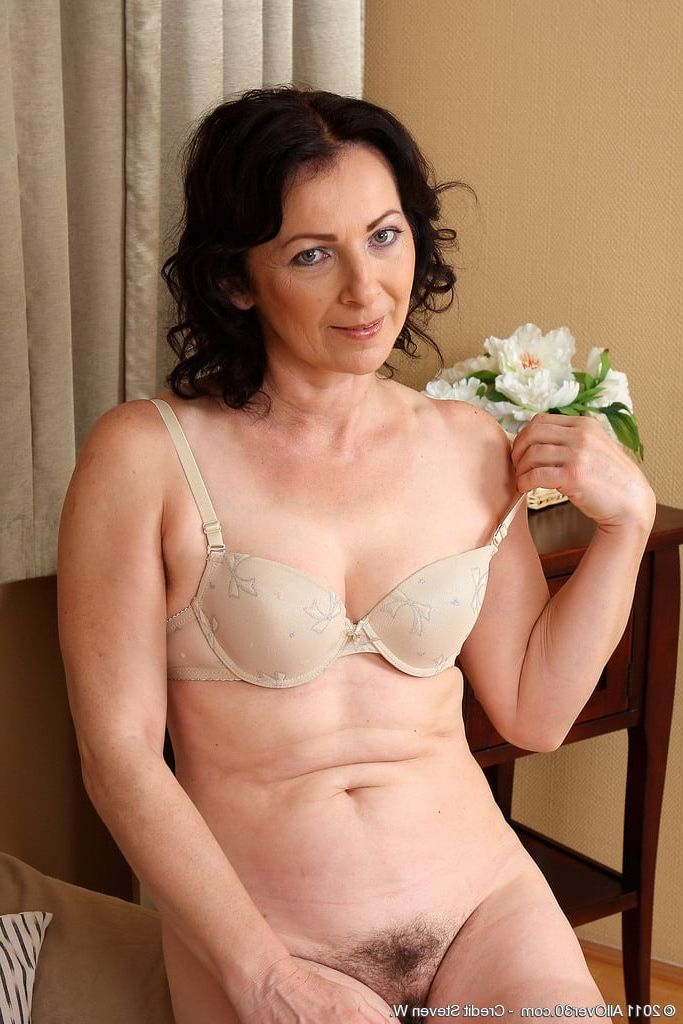 Beautiful mature woman showing