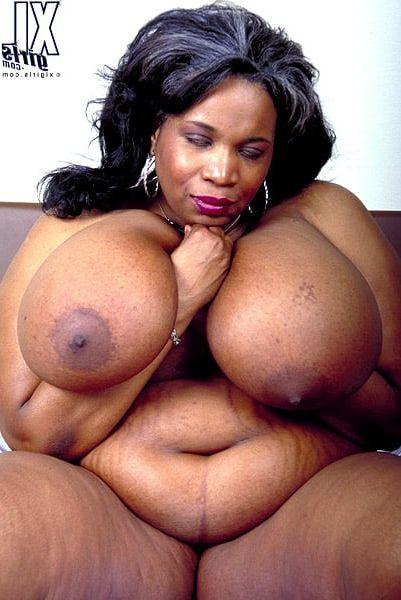 Black mature big natural tits