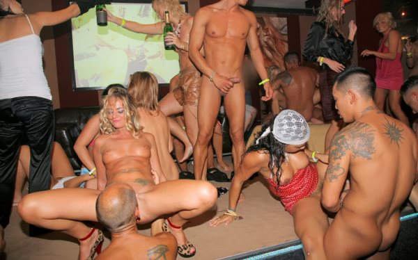 latex party münchen caligula sex