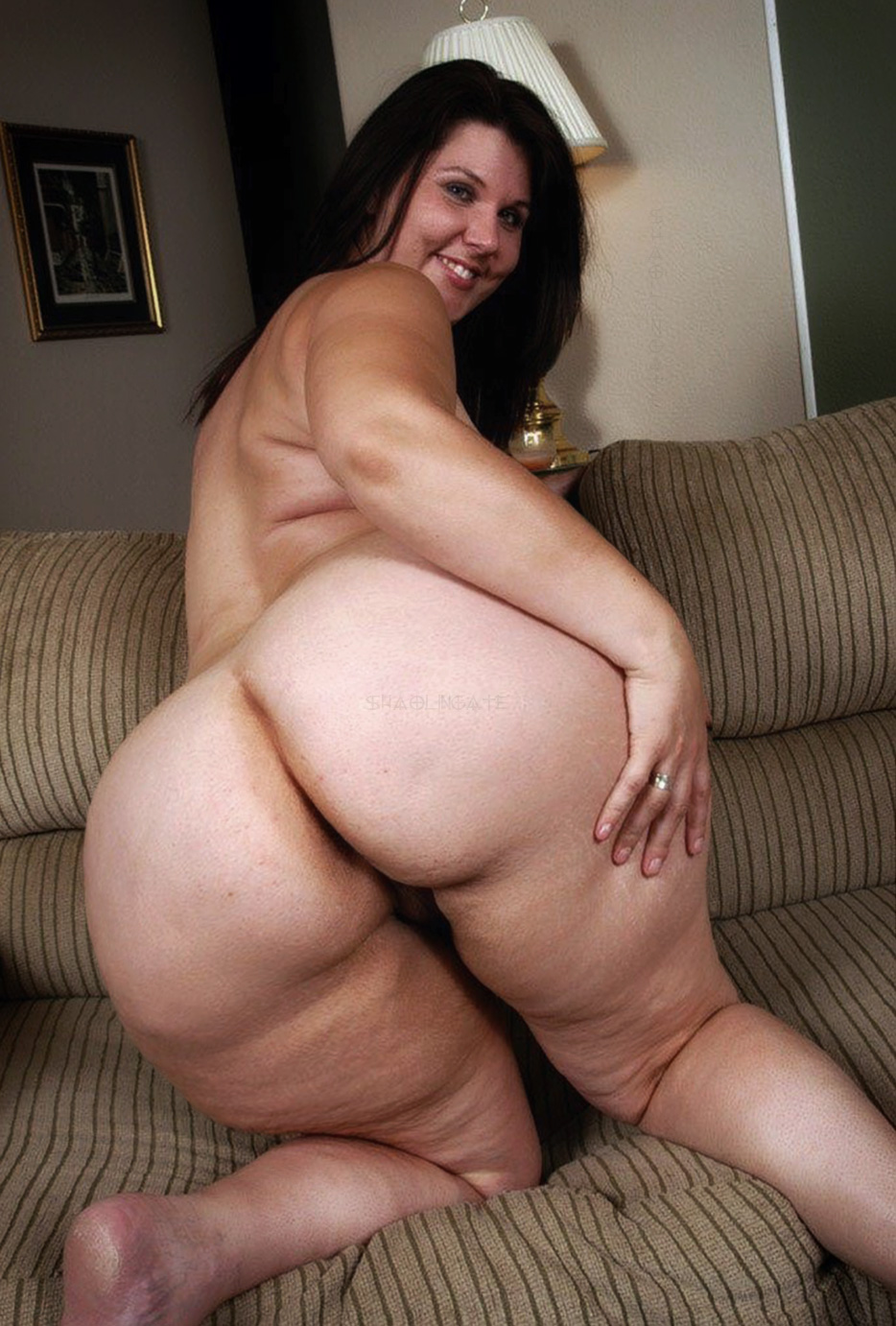 amateur big Real ass moms