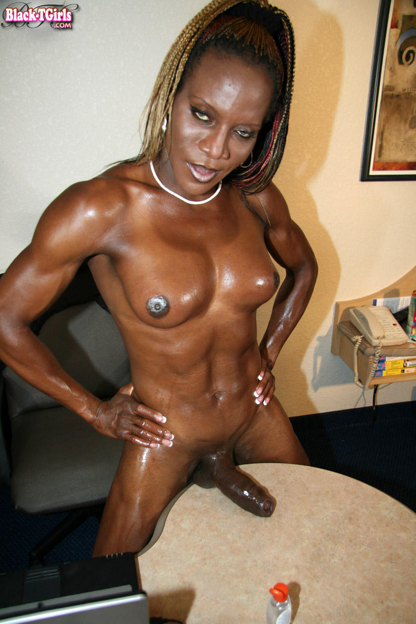 Ebony muscle shemale