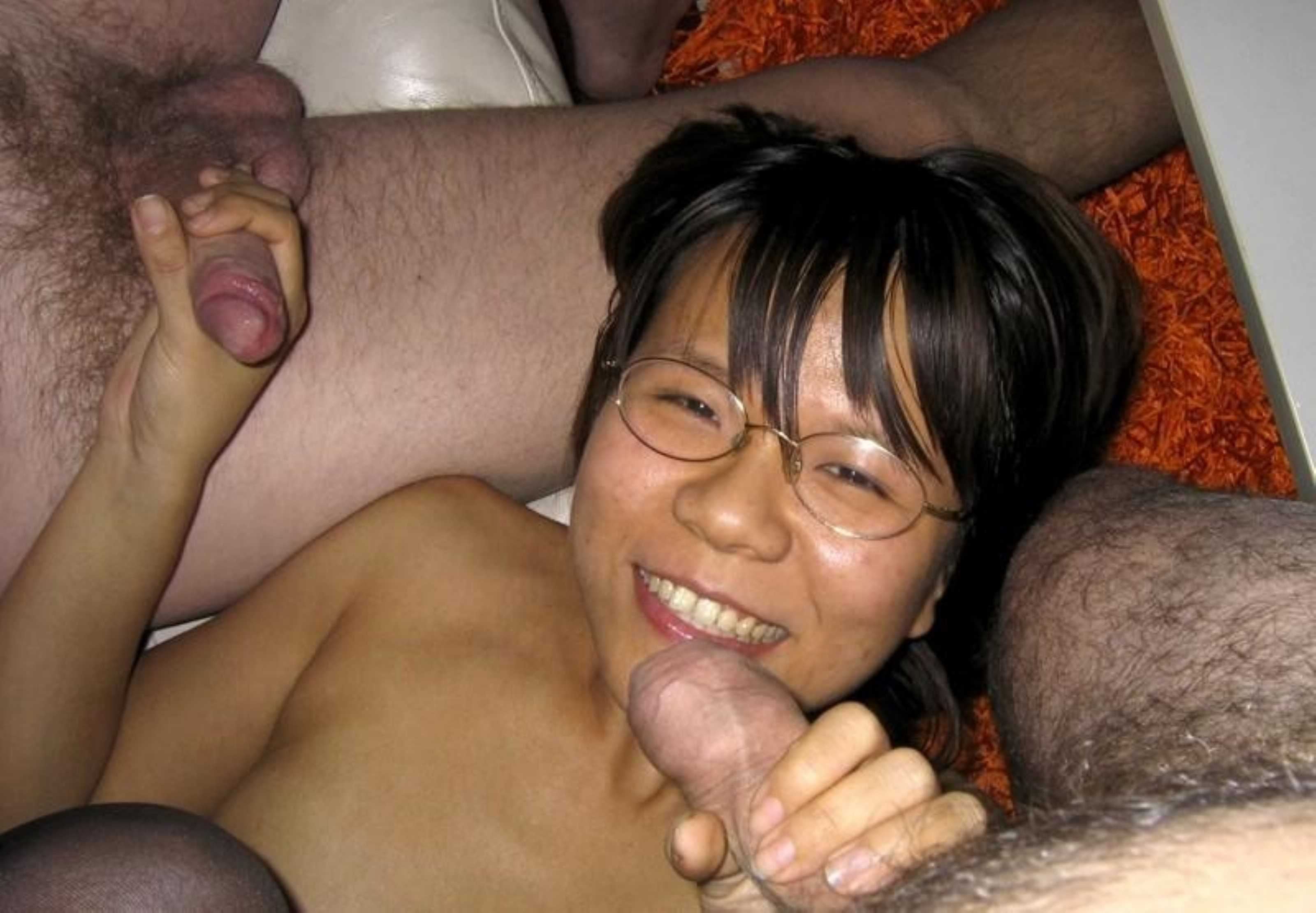 Amateur asian blowjob in library