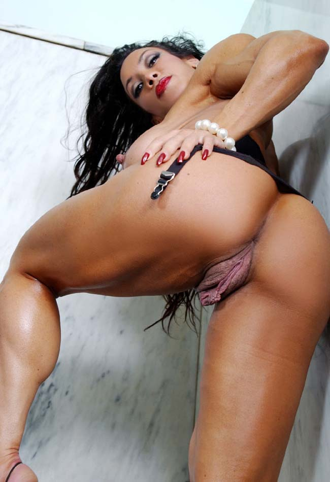 Nude female bodybuilder gallery #8