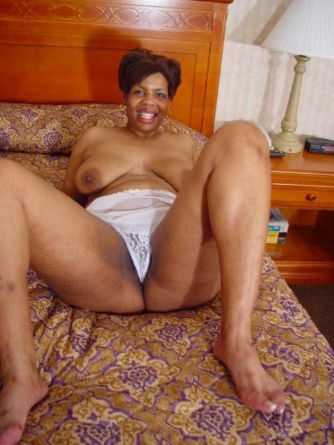 Mature black woman sex