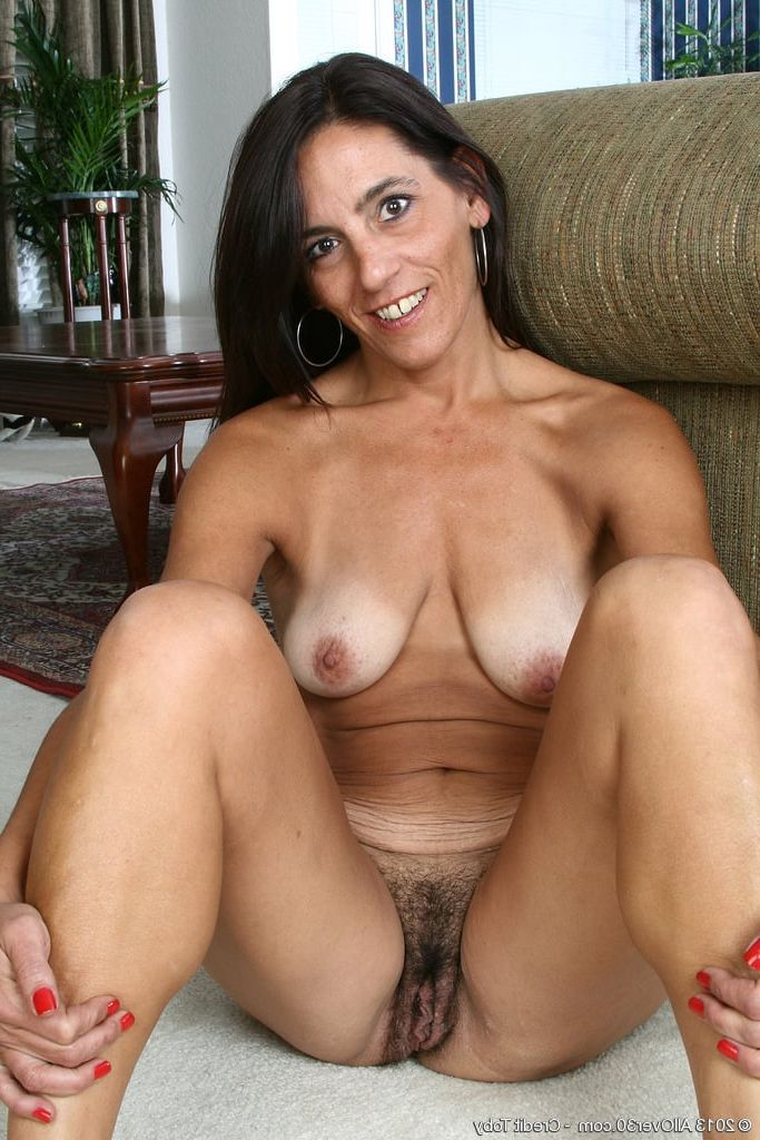 Understand this hot henati milf with hairy pussy will know