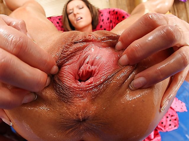 Amazing anal insertion pute