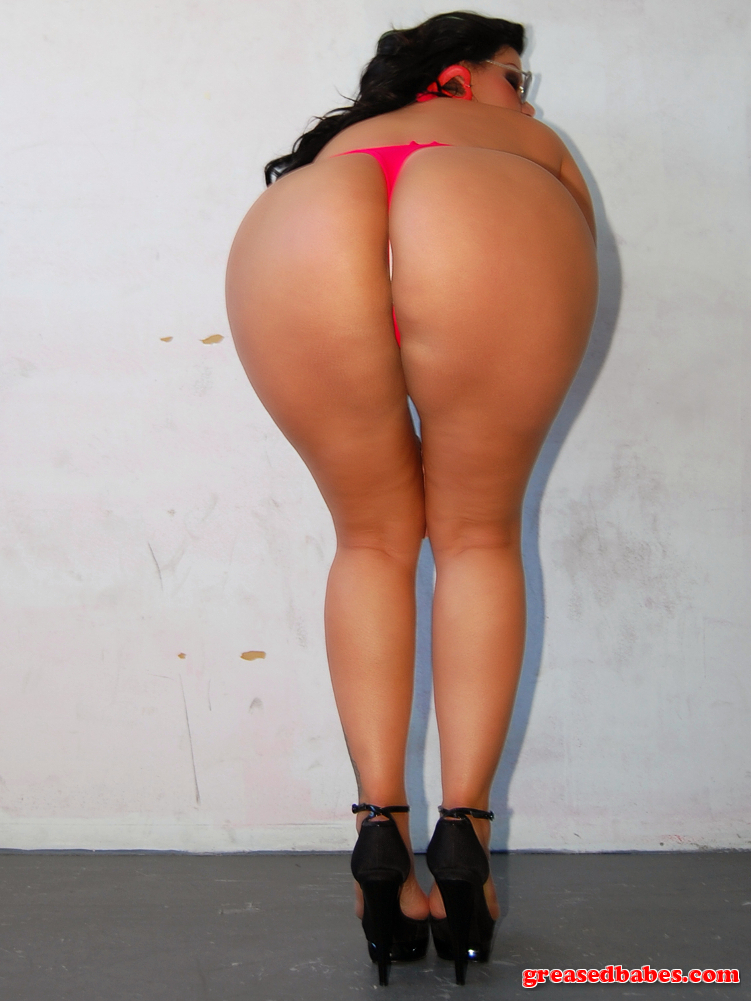 Ass milf thong latina big