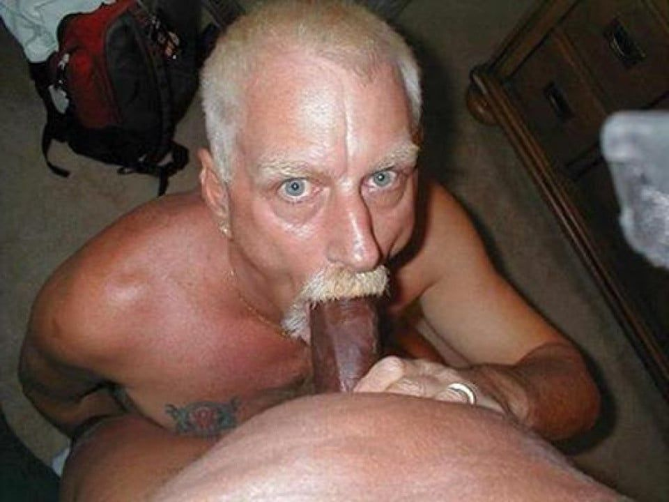 Sucking dick gaysex old brunette