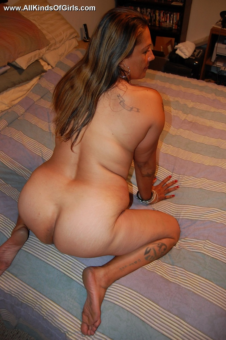 from Raylan mexican girls with naked big asses