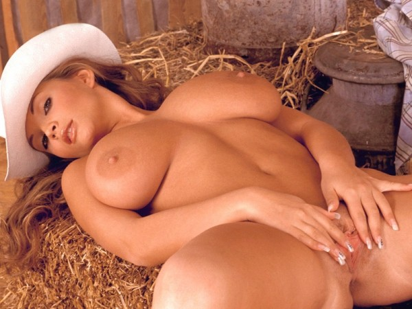 Think, that Naked hot cow girls in barns
